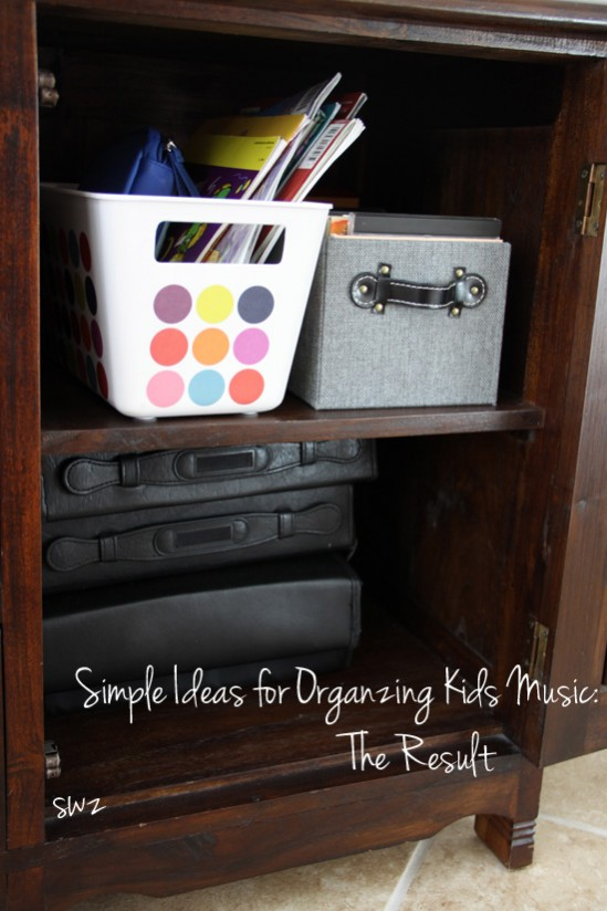 Organizing your kids' music. Simple ideas for busy moms.